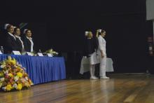 Nota: Ceremonia de imposición de cofias e insignias